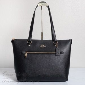NWT Coach Gallery Tote in Black Crossgrain Leather